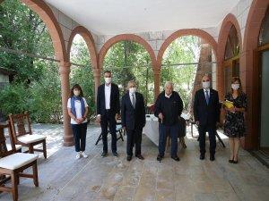 Başkan Büyükkılıç, Faruk Molu'yu ziyaret etti