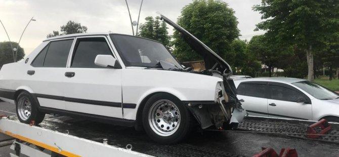 Kocasinan Bulvarı'nda kaza 4 araç birbirine girdi