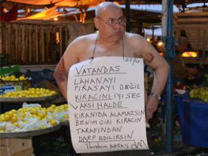 KİRACINI İYİ SEÇ DEDİ VE SOYUNARAK PROTESTO ETTİ