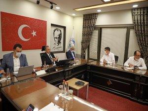Talas Belediye Başkanı Yalçın istek ve talepleri dinledi