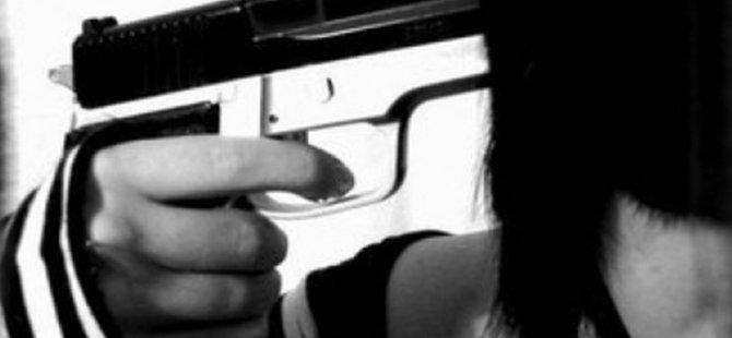 Kayseri'de erkek arkadaşı ile tartışan kadın kendini vurdu