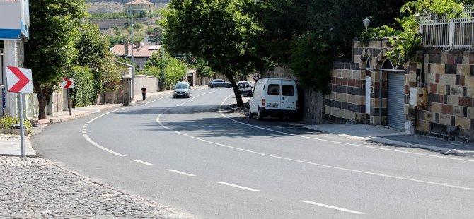 Talas Belediyesi Gece Gündüz Demeden Asfalt Çalışmalarını Sürdürüyor