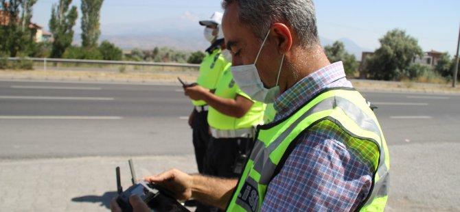 Kayseri'de sürücüler drone ile tespit edildi, ceza yazıldı