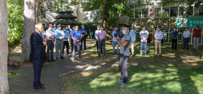 Yahyalı Belediye Başkanı Öztürk personeliyle bayramlaştı