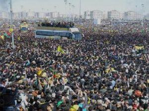 Diyarbakır'da Büyük Nevruz Kutlaması Kimler Katılacak?