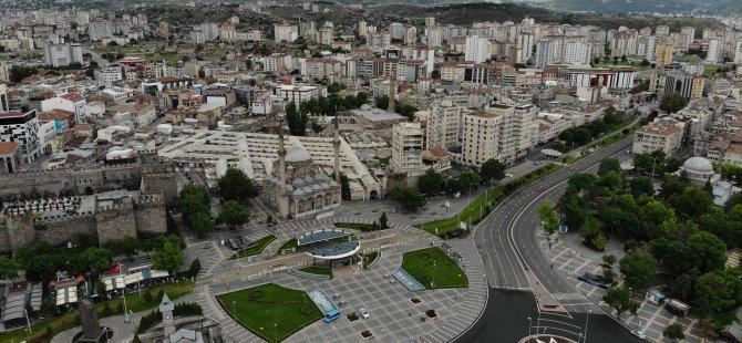 Kayseri'de konut satışı bir önceki ayın neredeyse 4 katına ulaştı