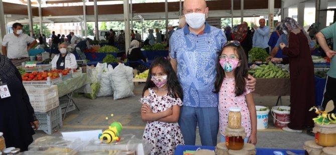 Yüzde 100 Ekolojik Pazar Erciyesevler Mahallesi'nde açıldı
