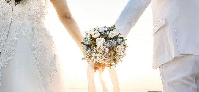 Kayseri'de Düğünler için yeni kararlar salonlarda hes kodu mecburiyeti