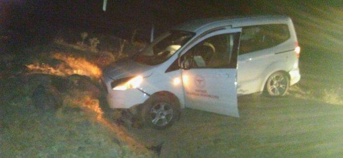 Tomarza'da Filyasyon ekibi kaza yaptı, 2 yaralı
