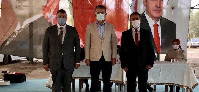 Ak Parti Akkışla'da Özgür Özuzun,Dündar'dan görevi devraldı