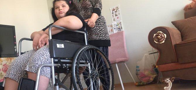 Tekrar yürümek isteyen Belinay Yardım Bekliyor
