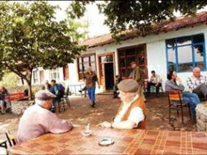 Kayseri'deTartıştığı Kişiyi Çay Bardağı ile Başından Yaraladı