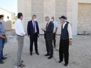 Palancıoğlu Hamdi Şanlıünal Camisi inşaat alanında incelemelerde bulundu