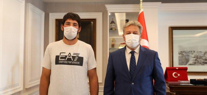 Kınalı Kuzu Başkan Palancıoğlu'ndan Helallik İstedi