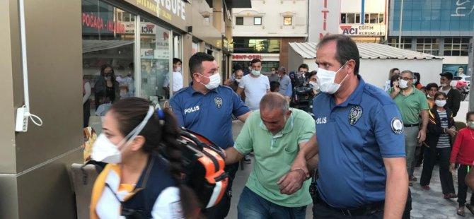 Kayseri'de 14 Katlı iş merkezine çıkarak intihara kalkıştı