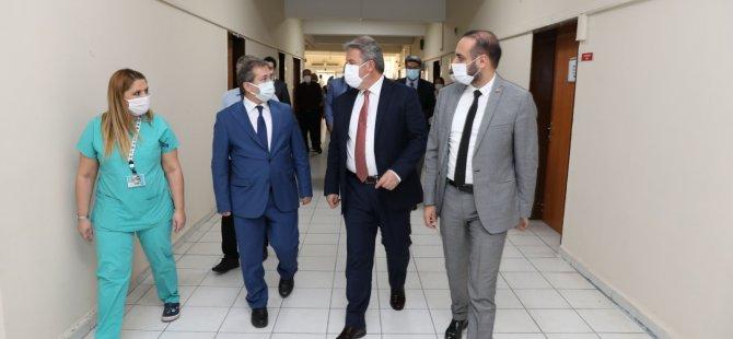 Başkan Palancıoğlu İlçe Başkanı Ülke ile filyasyon ekiplerine moral ziyaretinde bulundu
