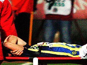 Antalyaspor maçında sakatlanan Emre Belözoğlu'nun durumu ciddi