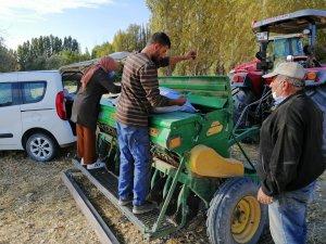 Kayseri'de Yerli ve Milli Tohumların Ulaşamadığı Çiftçi Kalmayacak