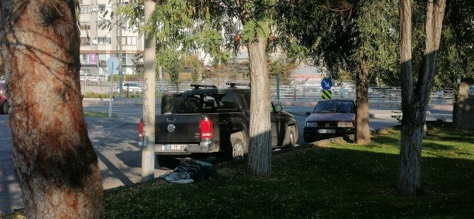 Çocuğun tek başına bırakıldığı kamyonette yangın çıktı, çocuğu vatandaşlar yanmaktan kurtardı