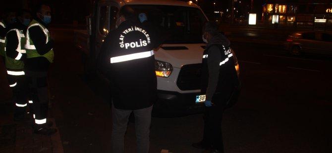 Kayseri Büyükşehir Belediye aracına kurşun mermi
