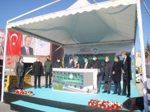 Erciyes Üniversitesine Hasta Yakını Misafirhanesi'nin temeli atıldı