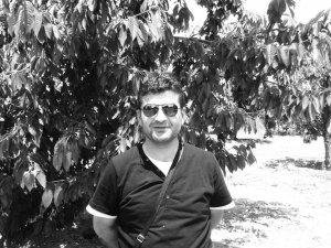 Mustafa Yıldız, koronavirüse yenik düşerek hayatını kaybetti