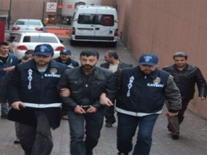 Erkilet'te 2 Kişiye zorla senet imzalatanlar yakalandı