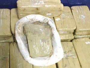 Kayseri'de Vites Kutusunun Altına Saklanan 18 Kilogram Eroin Ele Geçirildi