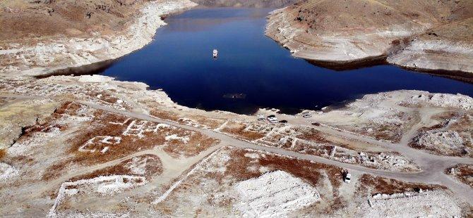 Kocasinan çiftçisini korkutan görüntü Yamula barajı azaldı