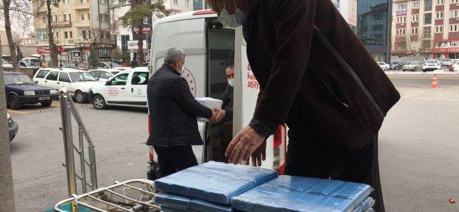 ÇİN'DEN GELEN 15 BİN AŞI KAYSERİ'DE DAĞILTI