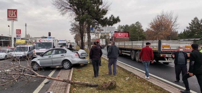 Kadir has stadyum yanı sanayi yolunda trafik kazası 2 yaralı