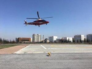 Pınarbaşı'ndan felçli hasta hava ambulans ile getirildi