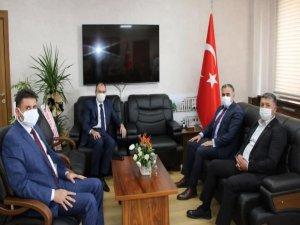 """Başkan Cabbar: """"E-sınav salonu Develimize hayırlı olsun"""""""