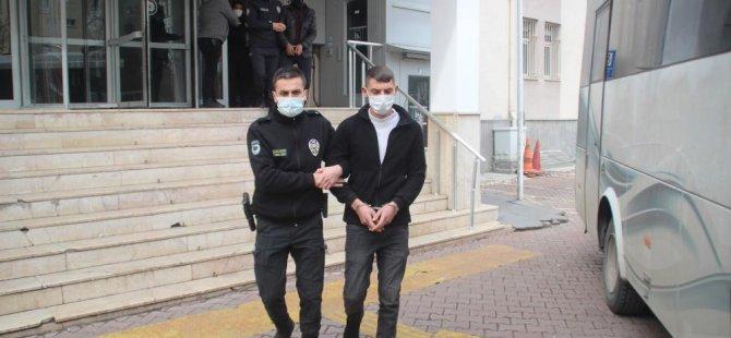 Kayseri'de uyuşturucu,gasp ve madde ticareti yapan 10 kişi yakalandı