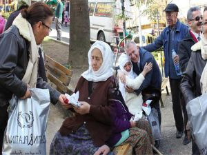 CHP kadın kollarından 'türban' açılımı
