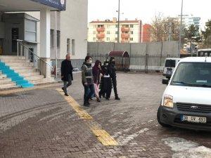 Kayseri'de Bünyan ve Yahyalı'da hırsızlık yapan 2 kadın tutuklandı