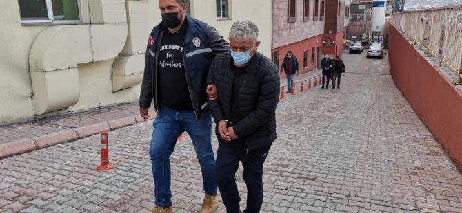 Felahiye ilçesi sınırlarında uyuşturucu sevkiyatı yapan baba ve oğlu yakalandı