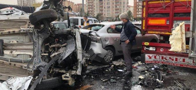 Şeker mahallesi osman kavuncu bulvarı zincirleme kaza 1 ağır 3 yaralı