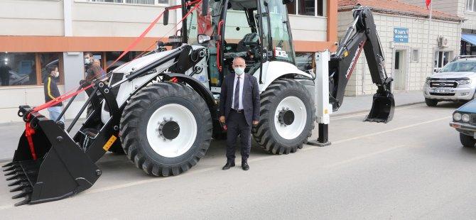 Başkan Öztürk Yahyalı'da araç filosunu genişletti