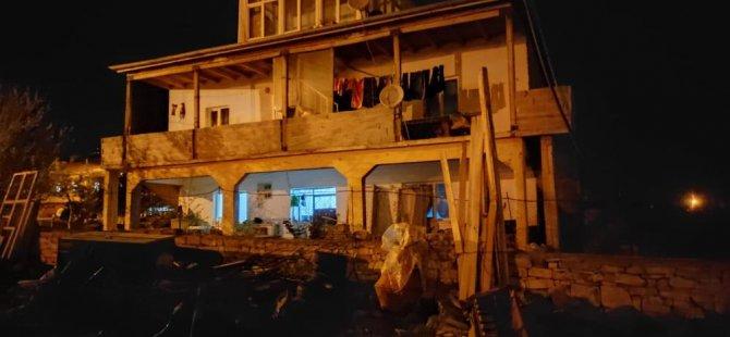 Balkon duvarı devrildi: 3 yaralı