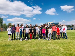 Sedat Kılınç İnşaat Kayseri Gençlerbirliği Kız FutbolAkademisi çalışmalara başladı