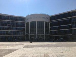 Kayseri'de bir araçtan hırsızlık yapan sanığa 2 yıl hapis cezası