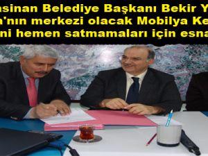 """BAŞKAN YILDIZ MOBİLYA KENT ESNAFIN OLMALI"""