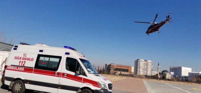 Sarız'daki iki hastanın yardımına helikopter ambulans yetişti