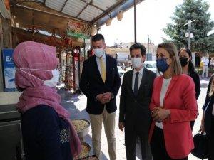 Vali Becel, Başkan Aktürk Ürgüp'te esnafları ziyaret etti