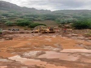 Yahyalı ilçesinde sağanak yağışın ardından sel meydana geldi.