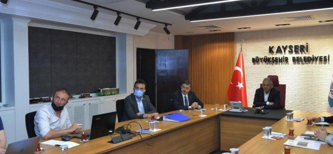 Büyükkılıç'tan Develi, Yeşilhisar ve İncesu yatırım toplantısı