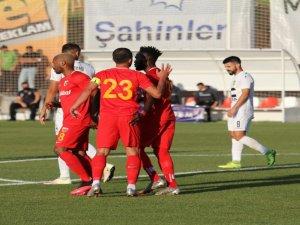 Kayserispor ile FC Ballkani arasında oynanan hazırlık maçı 1-1 sona erdi.