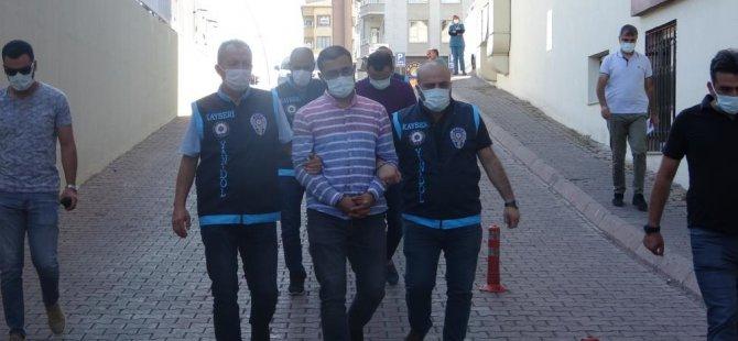Kayseri'de 30 milyon TL dolandıran 3 sarraf adliyeye sevk edildi