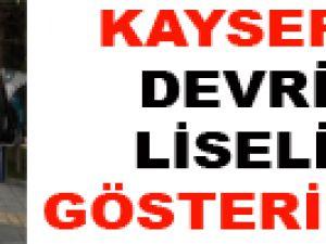 KAYSERİ'DE DEVRİMCİ LİSELİLER